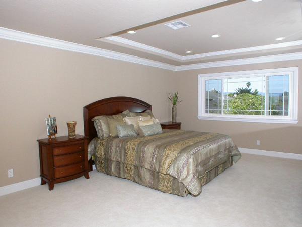 a.Master_Bedroom